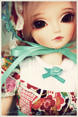Origami (r e n a t a) Tags: macro canon toy doll brinquedo mini korea hobby collection bjd resin resina boneca fairyland addiction miyu balljointeddoll mnf vintageeffect 43cm minifee