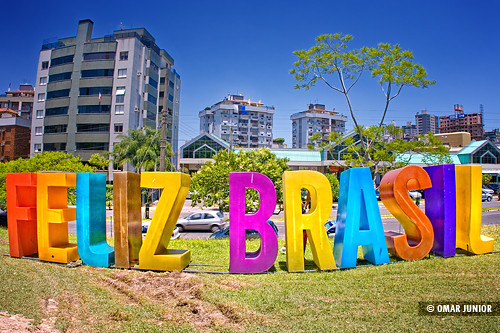 Feliz Brasil, Praça da Encol | Viveza