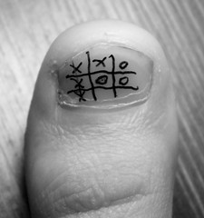 tic tac toe ((rino)) Tags: blackandwhite bw game macro photo flickr toe foto bn madness monday biancoenero gioco tictactoe rino 2011 ditone