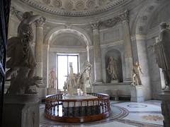 DSCN1492 (Starcadet) Tags: italien pantheon christen kaiser rom nero römer forumromanum papst vatikan antike petersdom petersplatz kolosseum engelsburg benediktxvi audienz cäsar