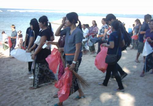 Pembersihan Pantai Sindhu