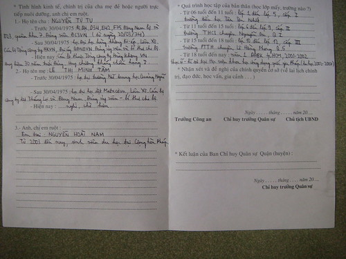 Tờ khai sơ yếu lý lịch lại của Nguyễn Tiến Trung (tờ 2/3)