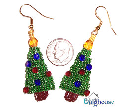 christmas jewelry: beaded earrings | make handmade, crochet, craft
