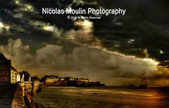Saint Malo et Surcouf (Nicolas Moulin (Nimou)) Tags: france photoshop bretagne saintmalo retoque surcouf