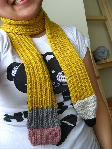 *OMB!  A pencil scarf!  COOL!