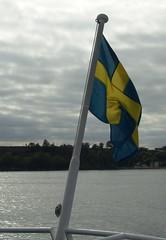 Flag of Sweden (osto) Tags: blue sea yellow geotagged europa europe sweden flag sony cybershot scandinavia ven resund dscf828 hven osto july2008 osto
