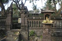 Temple (Shannon McClean) Tags: bali indonesia temple seminyak