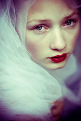 greta (mariehochhaus) Tags: red portrait beauty face swan eyes lips greta tuell artlibres ritrattidiof