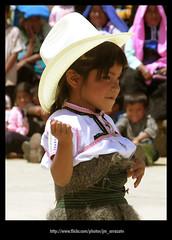 Bailable 103 (-Karonte-) Tags: nikoncoolpix8700 coolpix8700 chenalho indigenaschiapas indigenouschildren niosindigenas altoschiapas josemanuelarrazate