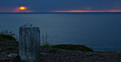 ~ CdS-CF-Cd'A-Bzh ~ (Jaep Kees Reitsma) Tags: blue sea france 22 blauw sundown stones bretagne breizh bleu frankrijk coucherdesoleil bzh sunste cotesdarmor brittanyfrance jacquescorneille absolutelystunningscapes capfréhel