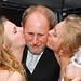 Pai da noiva e filhas
