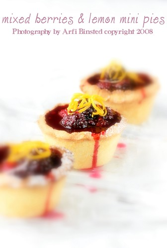 mixed berries & lemon mini pies