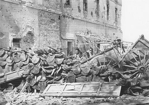 Combates en las cercanías del Alcázar (Toledo) en la Guerra Civil. Septiembre de 1936. Fotografía de Hans Namuth/Georg Reisner