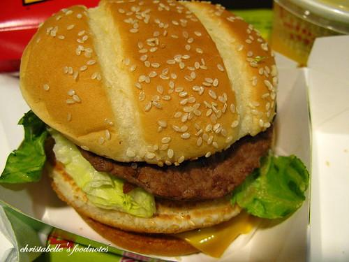 麥當勞田園培根雙牛堡