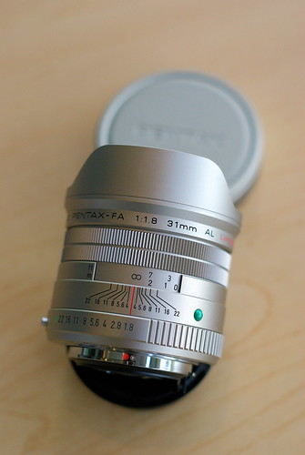 Pentax FA 31mm f/1.8 limited