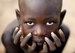 Karo boy Ethiopia (Eric Lafforgue) Tags: africa boy portrait eyes hands artistic dam african tribal ornament blackpeople bodypainting tribe ethnic rite mains karo barrage tribo adornment africain afrique pigments tribu omo eastafrica thiopien etiopia ethiopie etiopa etnia ethnique 5074 lafforgue  etiopija ethnie ethiopi  ericlafforgue etiopien etipia  etiyopya  southethiopia nomadicpeople ericlafforguecom    abissnia   salinicostruttori    gibeiiidam gibe3dam bienvenuedansmatribu peoplesoftheomovalley