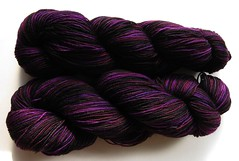 ss_gothsock_skeins