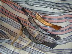ciwan laraw behu na Tayal (Yugan Dali) Tags: knife taiwan aborigine machete cloth weaving indigenous 刀 泰雅 raimie laraw 番刀