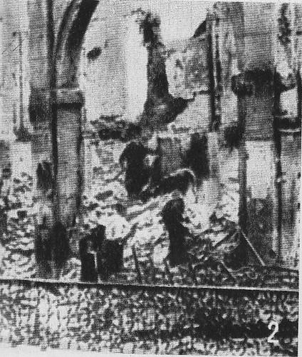 Arco de la Sangre de Zocodover (Toledo) destruido en la Guerra Civil