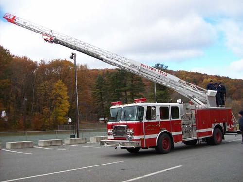 52 Ladder 1 (08 E-One 75ft Quint)