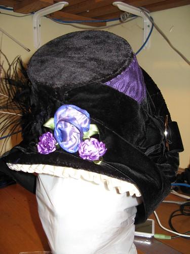 Bonnet back