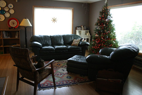 living room with christmas tree