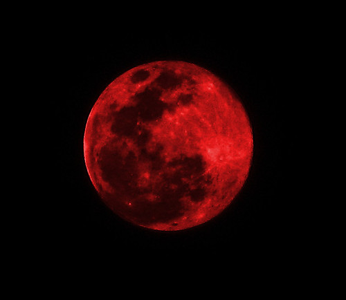 Red Moon - Suspended in Space