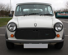 "1988 Mini 'Designer' Mary Quant • <a style=""font-size:0.8em;"" href=""http://www.flickr.com/photos/9907391@N02/3353884718/"" target=""_blank"">View on Flickr</a>"