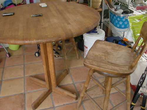 New Cafe Table and Chairs