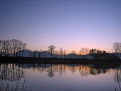 Calm (peter_Schh!) Tags: blue sunset sky lake mountains reflection weather river austria schweiz switzerland sterreich suisse ostschweiz calm valley rheintal rhine rhein wetter vorarlberg alterrhein