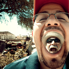 Double Scream (Luis Montemayor) Tags: man photoshop mouth mexico queretaro scream boca bernal grito hombre shuck dflickr belmoniaco dflickr240208