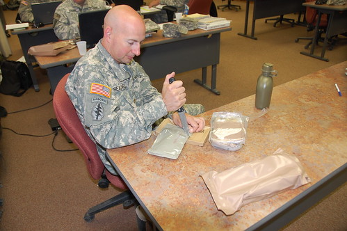 MAJ Treadwell opening his lunch