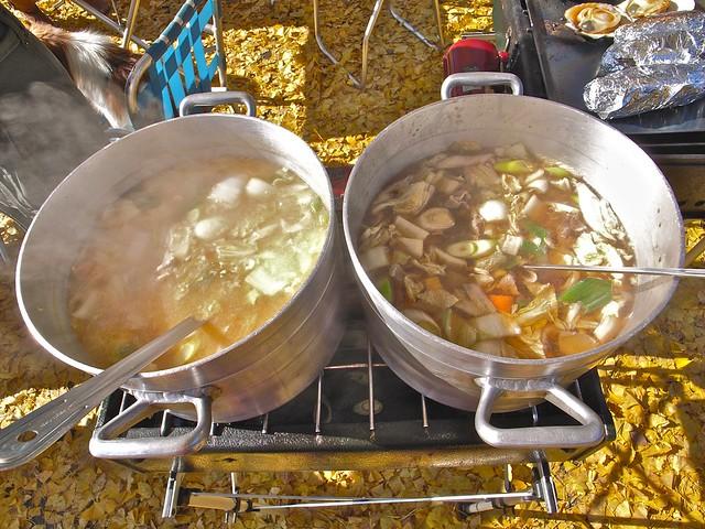 『上戸田ゆめまつりの販売ブースでは、本場・山形の味「芋煮」に注目です』の画像