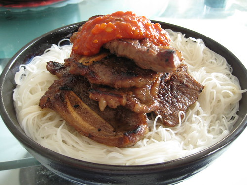 Beef rib with Rice vermicelli