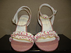 Colin Stuart Floral Gingham Sandals front (PrincessPoochie) Tags: red floral shoes princess sandals gingham heels straps buckles poochie colinstuart shoedaydreams