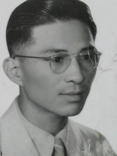 Lim Bo Seng : headshot | Flickr - Photo Sharing!
