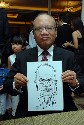 caricature live sketching for wedding dinner 120708  - 18