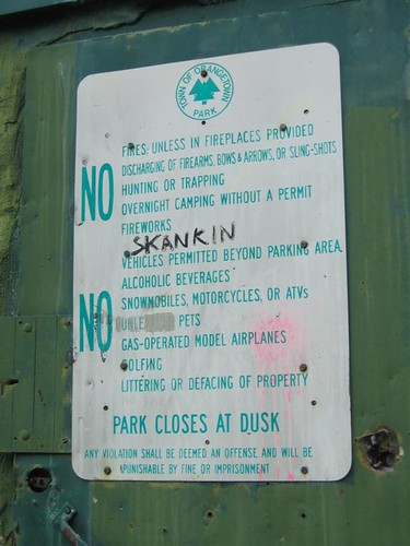 Orangetown park rules sign