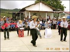 Festejo975 (-Karonte-) Tags: playback musicgroup indigenous nikoncoolpix8700 coolpix8700 indigenaschiapas indigenouschild indigenouschildren niñosindigenas josemanuelarrazate