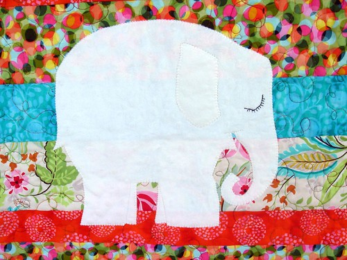 bright quilt elephant