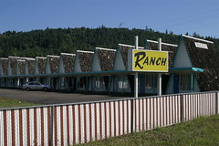The Ranch Motel (afrojet) Tags: ranch oakland motel roadside aframe ricehill theranchmotel