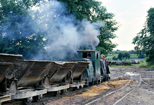 Smoky Rustons at Friden (geoffspages) Tags: ruston