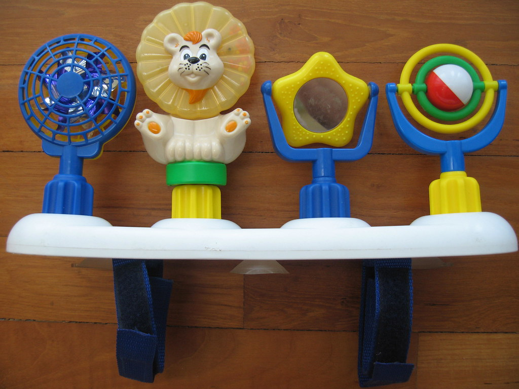 SOLD! - Graco Mix 'n Move Toy bar and toys #1 = S$30