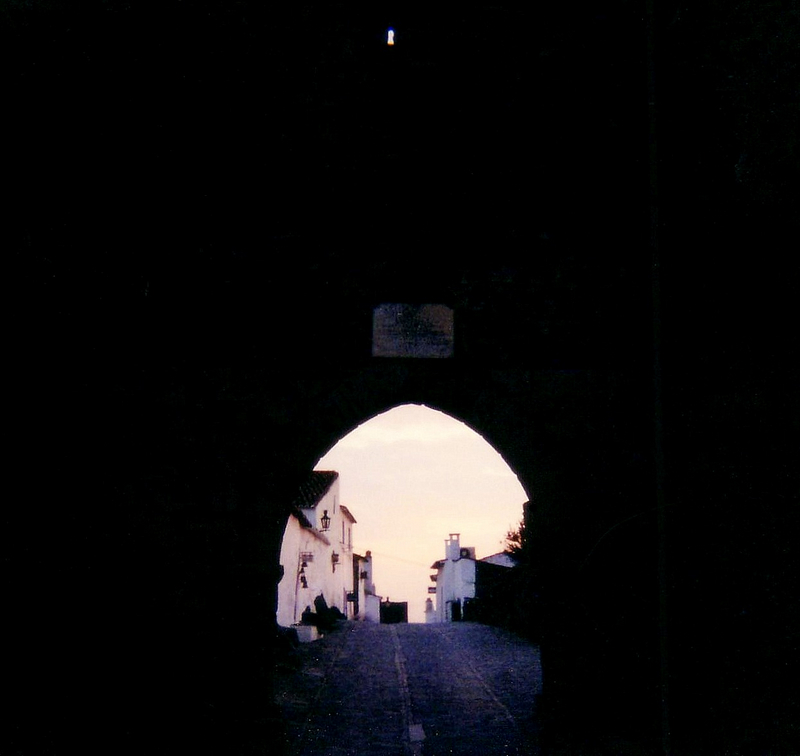 Monsaraz 2001 gate