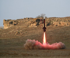 Redline (jurvetson) Tags: rocket rockets aerotech launch redline airborne lunar mavericks seeya ignition sledgehammer nar blastoff snowranch glr lunarorg m1550