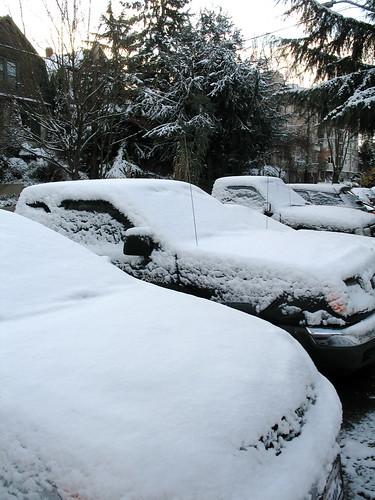 obligitory snow picture!