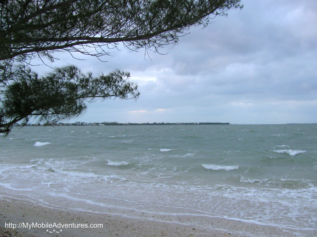 IMG_0347-windy-Sanibel-Island-causeway-beach