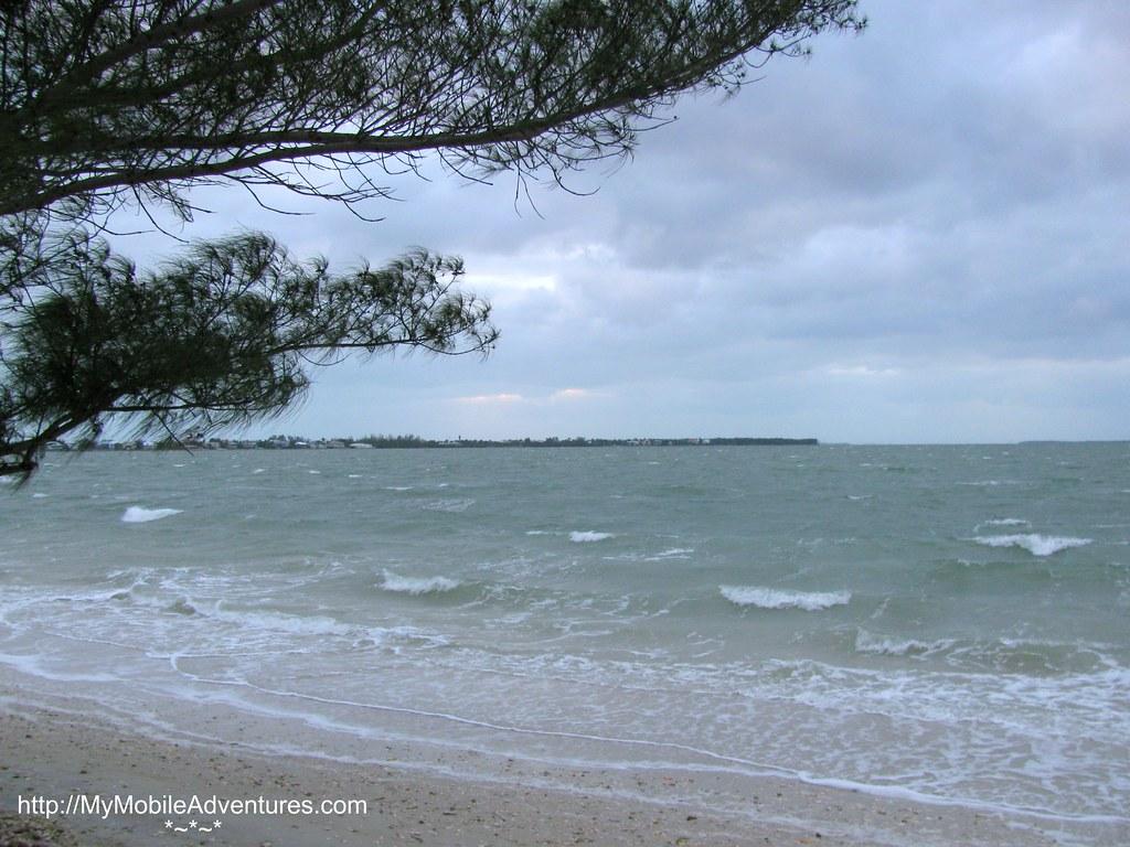 IMG_0347-windy-Sanibel-Island-causeway-beach