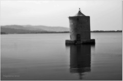 Mulino (Magdalena Gmur) Tags: bw reflection water windmill acqua biancoenero mulino orton orbetello bwemotions abigfave