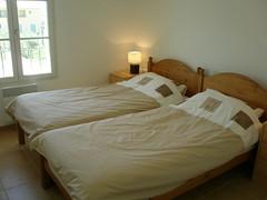 twin bed 2 (wendywj) Tags: thomas villa ttf davinia sernhac